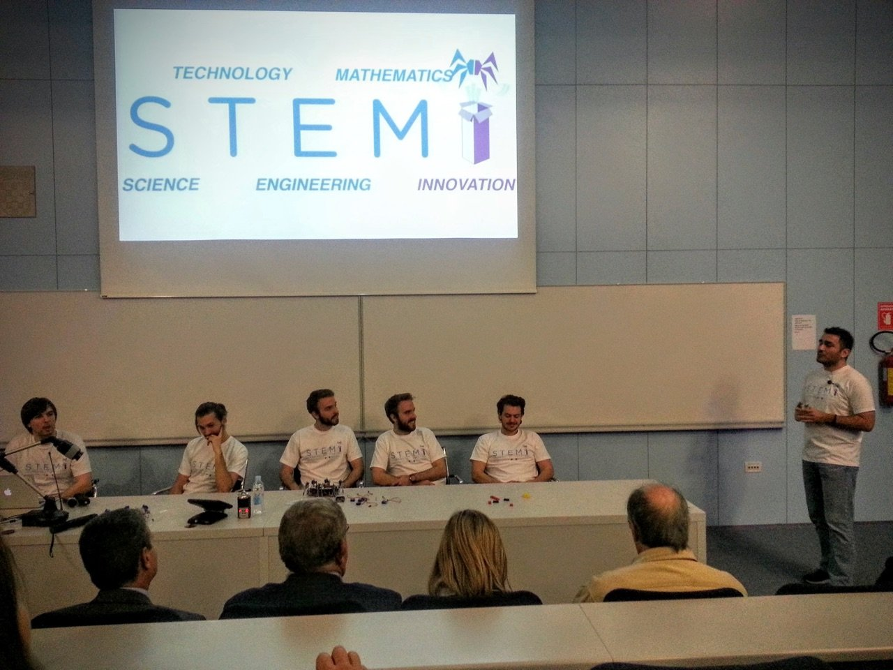 Pavao Pahljina presenting STEMI at the Faculty of Civil Engineering in Rijeka